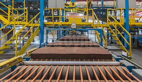 Современное оборудование на заводе ТЕХНОНИКОЛЬ SHINGLAS